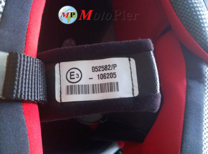 Etichetta omologazine casco1
